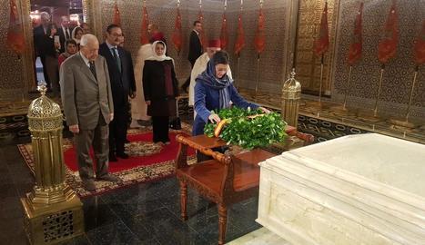 La ministra d'Exteriors, Arancha González Laya, visita el Mausoleu de Mohamed V, a Rabat.