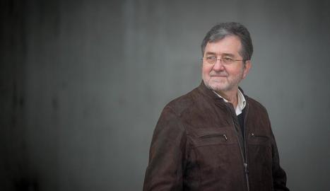 """Antonio López: """"La novel·la també és una metàfora d'Espanya, que sembla condemnada a la divisió"""""""