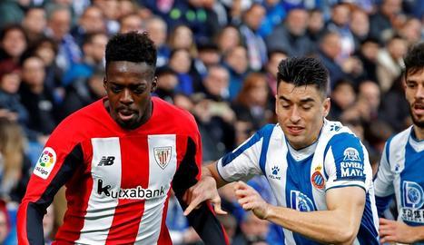 Iñaki Williams, durant el partit de dissabte contra l'Espanyol.