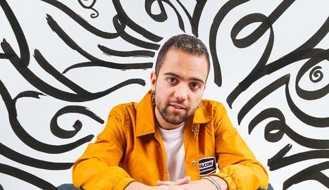 Emlan acaba de publicar el primer single, 'Tira de la manta'.