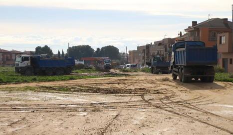 Imatge dels moviments de terra per construir el nou supermercat Bonpreu d'Alpicat.