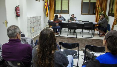 La sessió plenària va comptar amb la presència (entre el públic) de l'edil republicà que s'incorporarà.