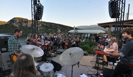 Una de les actuacions d'estiu de l'edició passada del Talarn Music Experience a Lo Quiosc.
