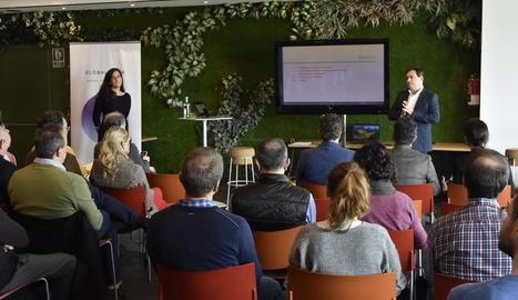 Presentació d'un estudi per reforçar la competitivitat del porcí, ahir, a la Llotja de Lleida.