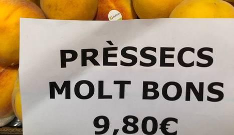 Imatge dels préssecs oferts ahir a Barcelona.