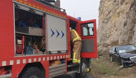Vista de l'accident ahir a la C-1412 a Oliola.