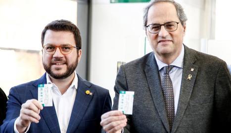 Aragonès i Torra van coincidir ahir a l'acte d'inauguració de l'estació Zona Franca, a Barcelona.
