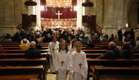 Celebració a la Catedral Nova de Lleida de la festa de la Mare de Déu del Blau, ahir.