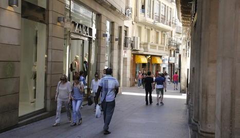 Una botiga Zara al carrer Major de Lleida.