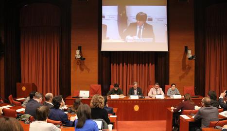L'expresident del Govern Carles Puigdemont compareix des del Parlament Europeu a la comissió d'investigació del 155 al Parlament.