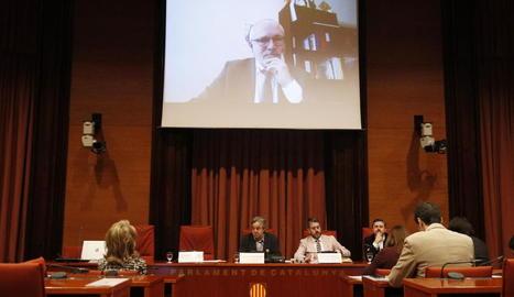 Intervenció de Lluís Puig al Parlament per videoconferència.