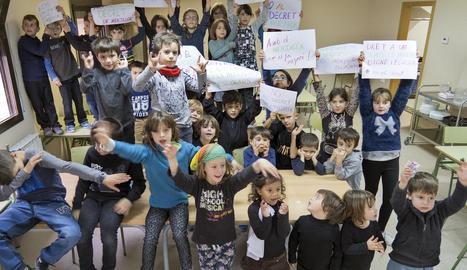 Una protesta contra aquesta normativa en un centre educatiu.
