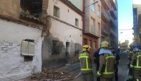 L'immoble està situat al barri del Secà de Sant Pere de Lleida.