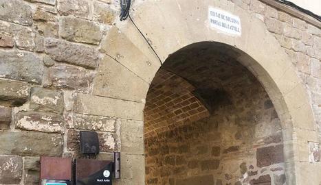 Solsona canvia els senyals del centre històric