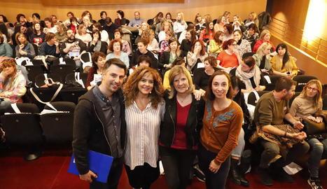 Foto de grup dels quatre experts en intel·ligència emocional, ahir abans de la conferència.