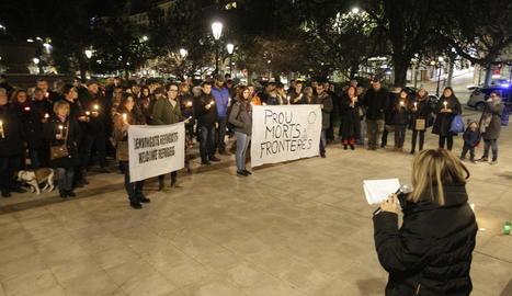 Foto d'arxiu d'una protesta en suport als refugiats a Lleida.
