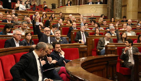 Un moment de la votació d'aquest divendres al Parlament de Catalunya.