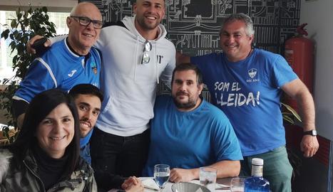 Albert Álvarez amb seguidors blaus.