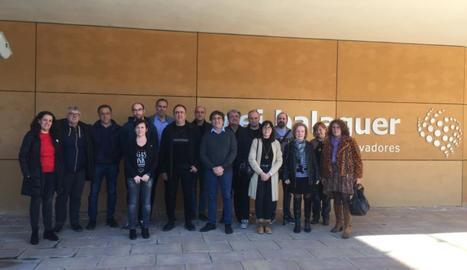 Els participants en la visita a la CEI de Balaguer.
