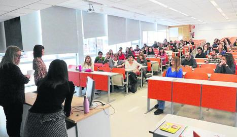 Un instant de la jornada sobre els reptes per ensenyar anglès a Primària, ahir a la UdL.
