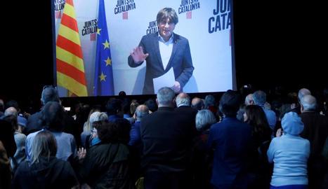 Imatge general de Carles Puigdemont en videoconferència durant l'acte celebrat ahir a Barcelona.