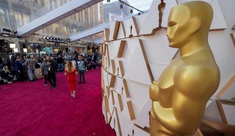La catifa roja que rep les estrelles en els Oscars.