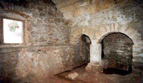 L'interior d'una de les sales de les adoberies de Tremp.