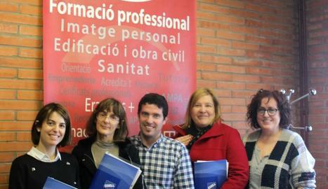 Membres de la COELL i de l'institut Torre Vicens.