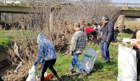 La 'Riuada Solidària' a les Garrigues aplega més d'un centenar de persones a Juneda i el Vilosell