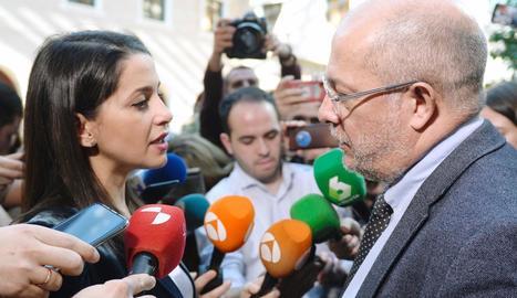 Inés Arrimadas i Francisco Igea, ahir a Valladolid.