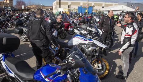 La 12 concentració dels Motorrons va reunir ahir unes 700 motos.