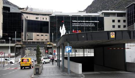 Vista de l'hospital Nostra Senyora de Meritxell d'Andorra, on està aïllat el pacient.