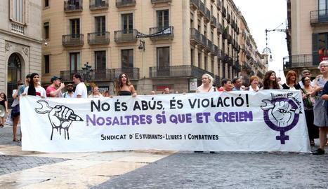 Imatge d'arxiu d'una manifestació en repulsa de les agressions sexuals a Barcelona.
