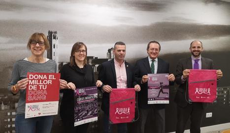Organitzadors, institucions i patrocinadors van presentar ahir la vuitena edició de la Cursa de Lleida.