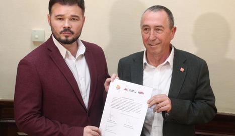 Rufián i Baldoví, al registrar al Congrés la petició per crear una comissió d'investigació.