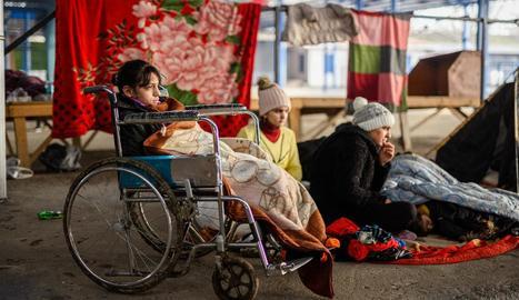 L'ONU ha denunciat la situació que travessen els migrants a la frontera grecoturca, sobretot els menors.
