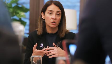 La consellera Meritxell Budó, en un moment de l'entrevista.