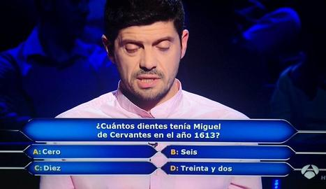 Manu Zapata, davant les preguntes.