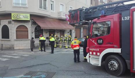Falsa alarma d'incendi en un restaurant del carrer Isaac Albéniz