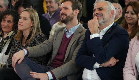 Casado i Carrizosa, durant la presentació de Carlos Iturgaiz com a candidat a lehendakari.