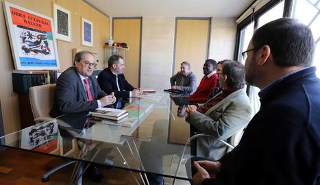 Torra es va reunir amb la junta directiva de l'Obra Cultural Balear (OCB).