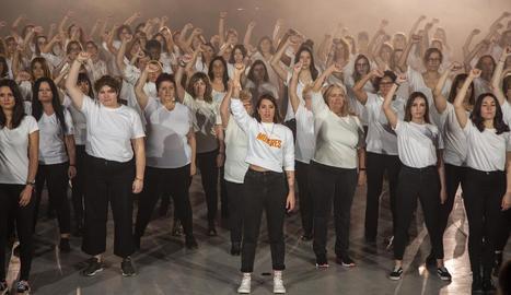 Un moment de l'enregistrament a Tàrrega del videoclip d'Anne Marz 'Mujeres'.