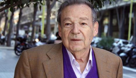 Mor als 80 anys Luis Racionero