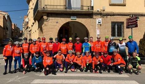 Cicloturistes dels clubs de Castelldans, Juneda i Terraferma.