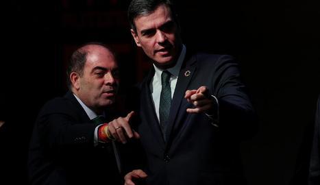 Lorenzo Amor i Pedro Sánchez, ahir al congrés d'ATA.