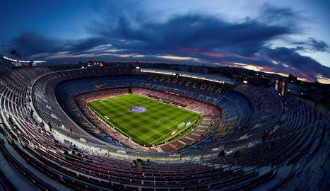 Imatge del Camp Nou, estadi que podria acollir el Barcelona-Nàpols a porta tancada.