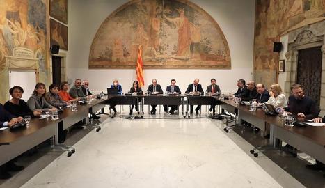 Reunió del Govern amb els grups parlamentaris sobre l'evolució del coronavirus, ahir.