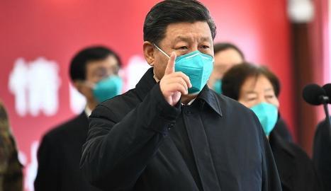 """Jinping visita Wuhan - El president de la Xina, Xi Jinping, va prometre ahir que lluitarà fins a la """"victòria"""" en la """"guerra"""" contra el coronavirus, durant la visita a Wuhan, la ciutat on es va declarar el brot inicial. Ahir va registrar  ..."""