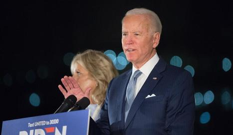 Joe Biden, acompanyat de la seua dona, Jill.