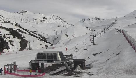 Imatge de l'estació de Boí Taüll durant el dia d'ahir.